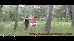 BDSM fouet et sexe en forêt