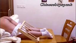Chineseboy was punished(2)