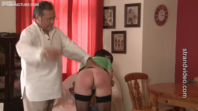 red-stripe-spank-chair-fuck-naked-girl